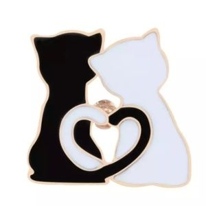 Cute Hugging Cats pin